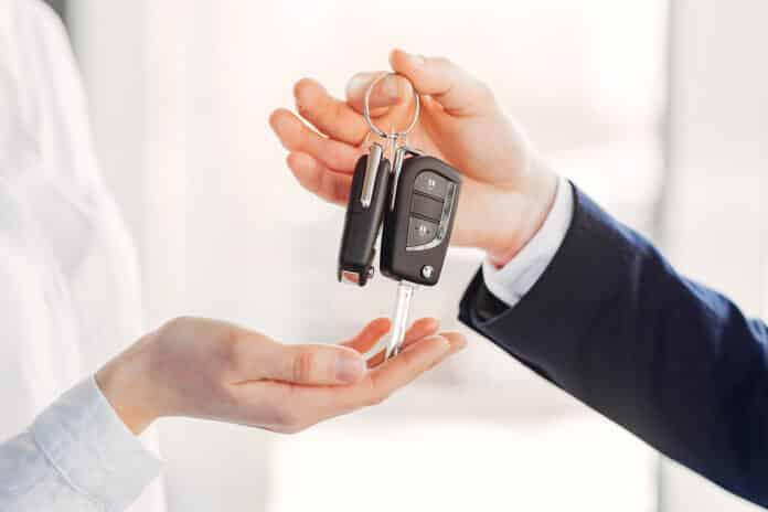 hợp đồng ủy quyền xe ô tô